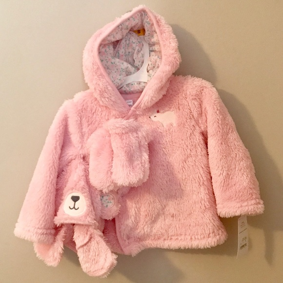 Carter/'s NWT Infant Hat and Mitten Set size 6 to 18 months FREE SHIPPING Cute